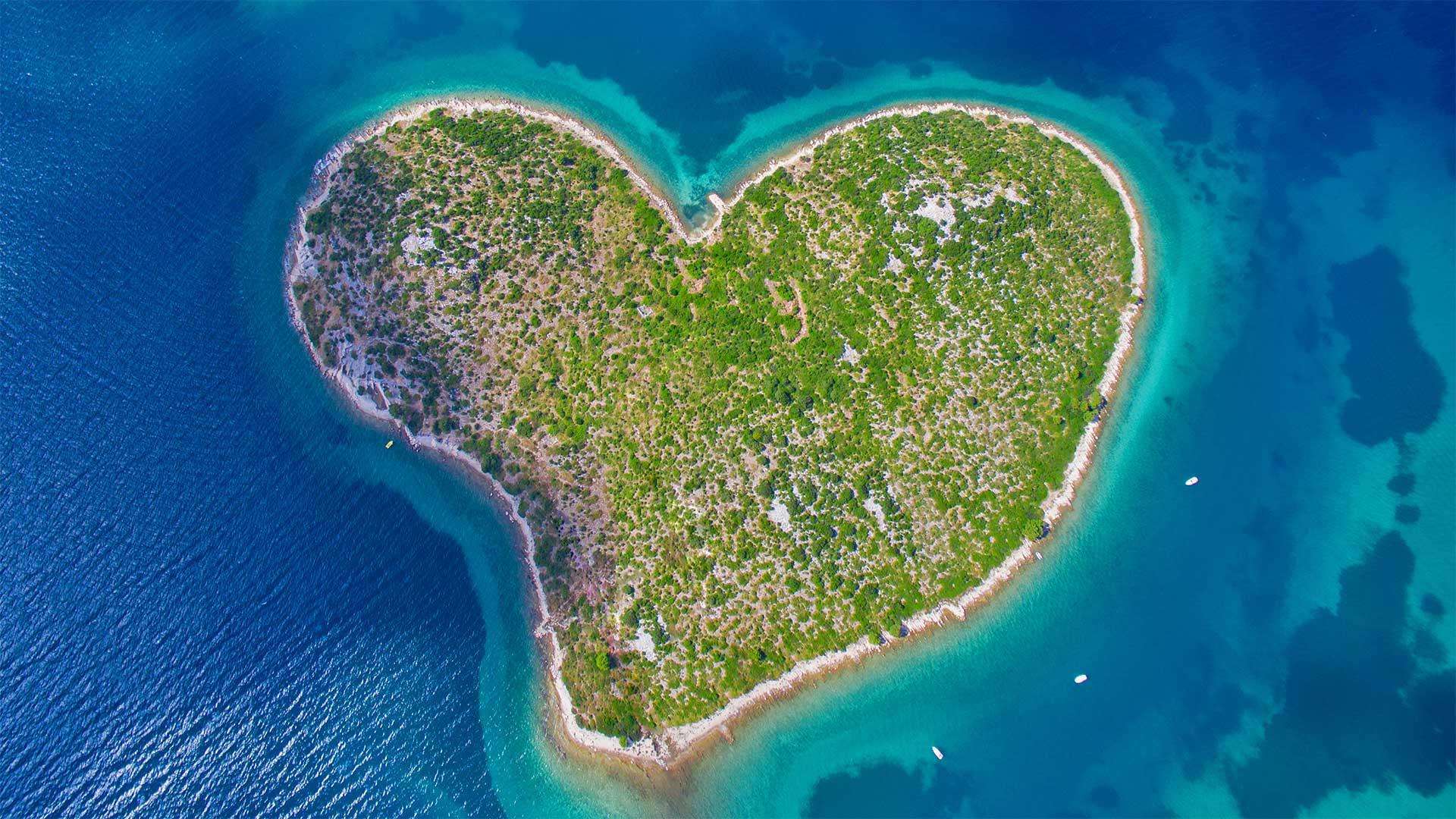 Aerial view of Galešnjak Island on the Adriatic coast of Croatia (© biggunsband/Shutterstock) - Calf Blog